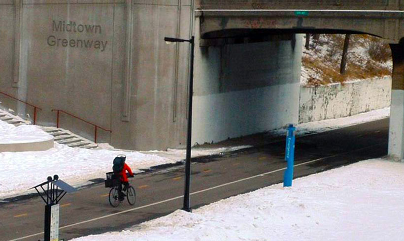 Winter-Bicycling-on-Midtown-Greenway