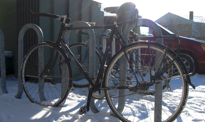 Winter-Bike-Parked-at-Rack-in-Saint-Paul
