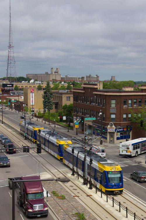 Green-Line-Raymond-and-University-in-Saint-Paul