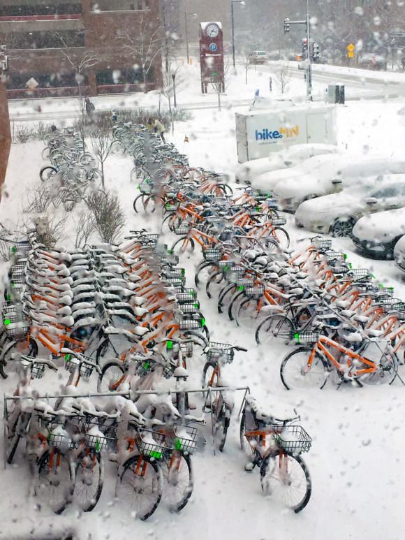 Bike-parking-at-Winter-Cycling-Congress-2016-Minneapolis